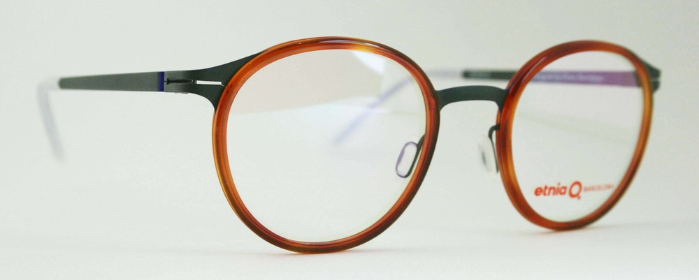 Etnia Barcelona, Oakley, Kate Spade, Francois Pinton, Bellini, Tartine et chocolat, Jean-Francois Rey, Petite, Bellinger, Gucci, and many other frame brands